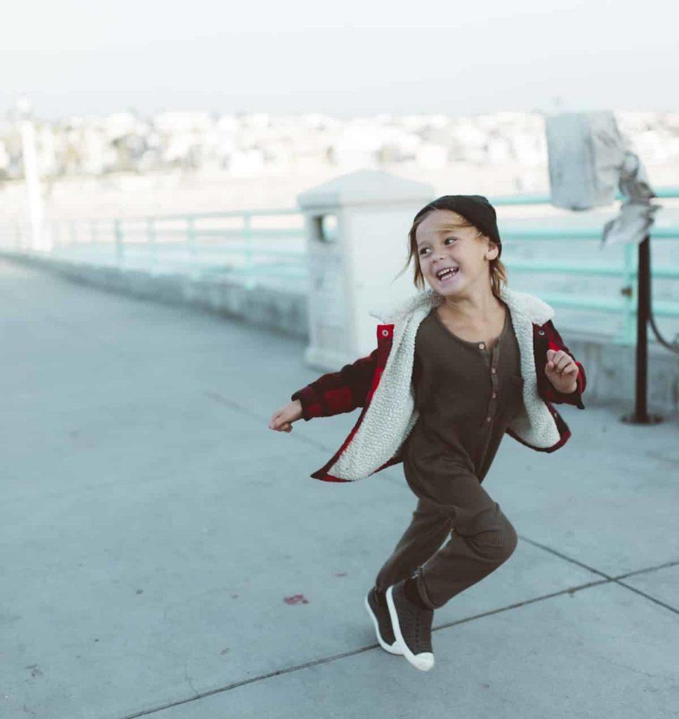 Die Vorteile von körperlicher Aktivität für Kinder   Hüpfburgenverleih